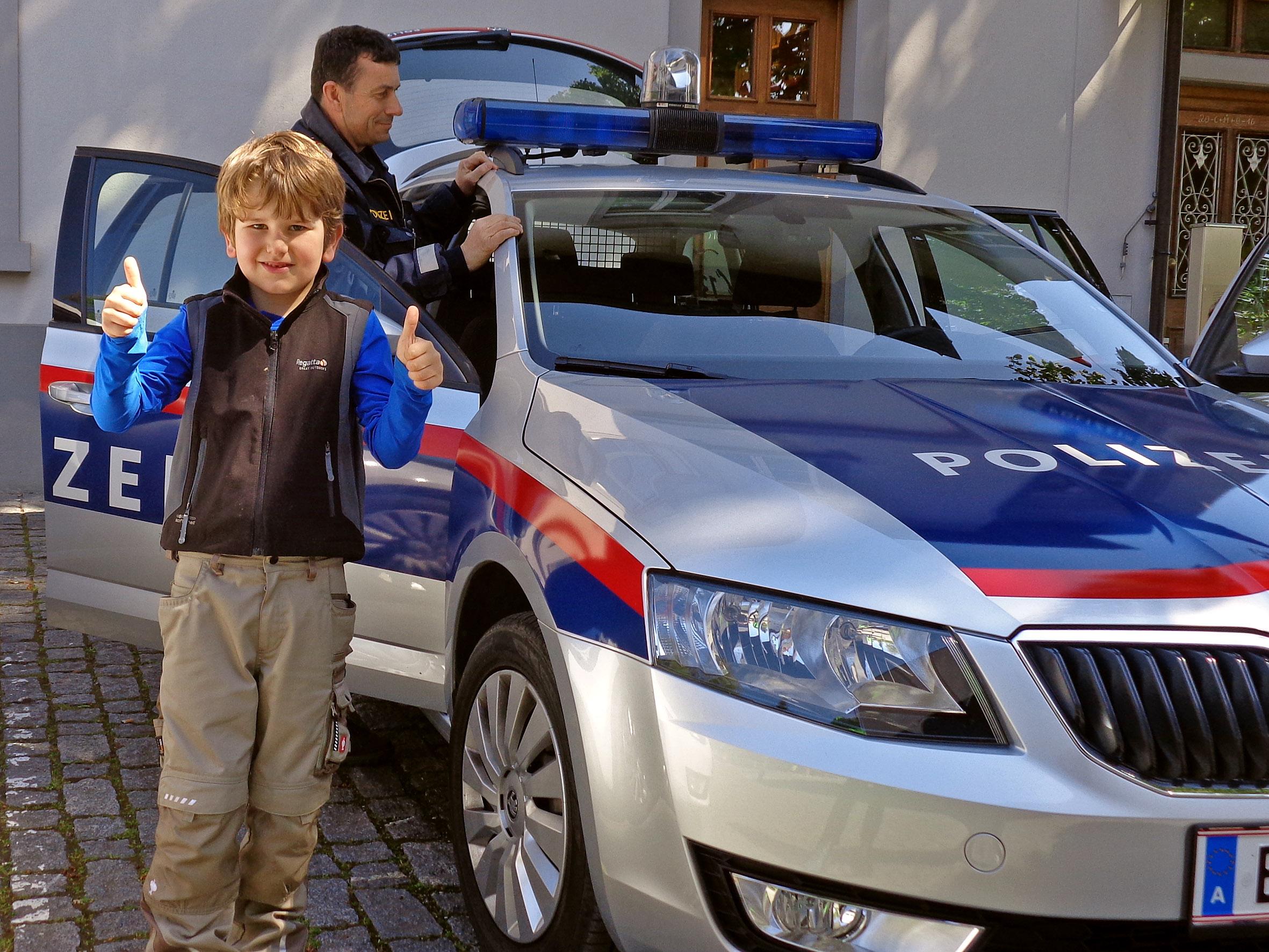 Familienexkursion_Polizeiinspektion_06.JPG