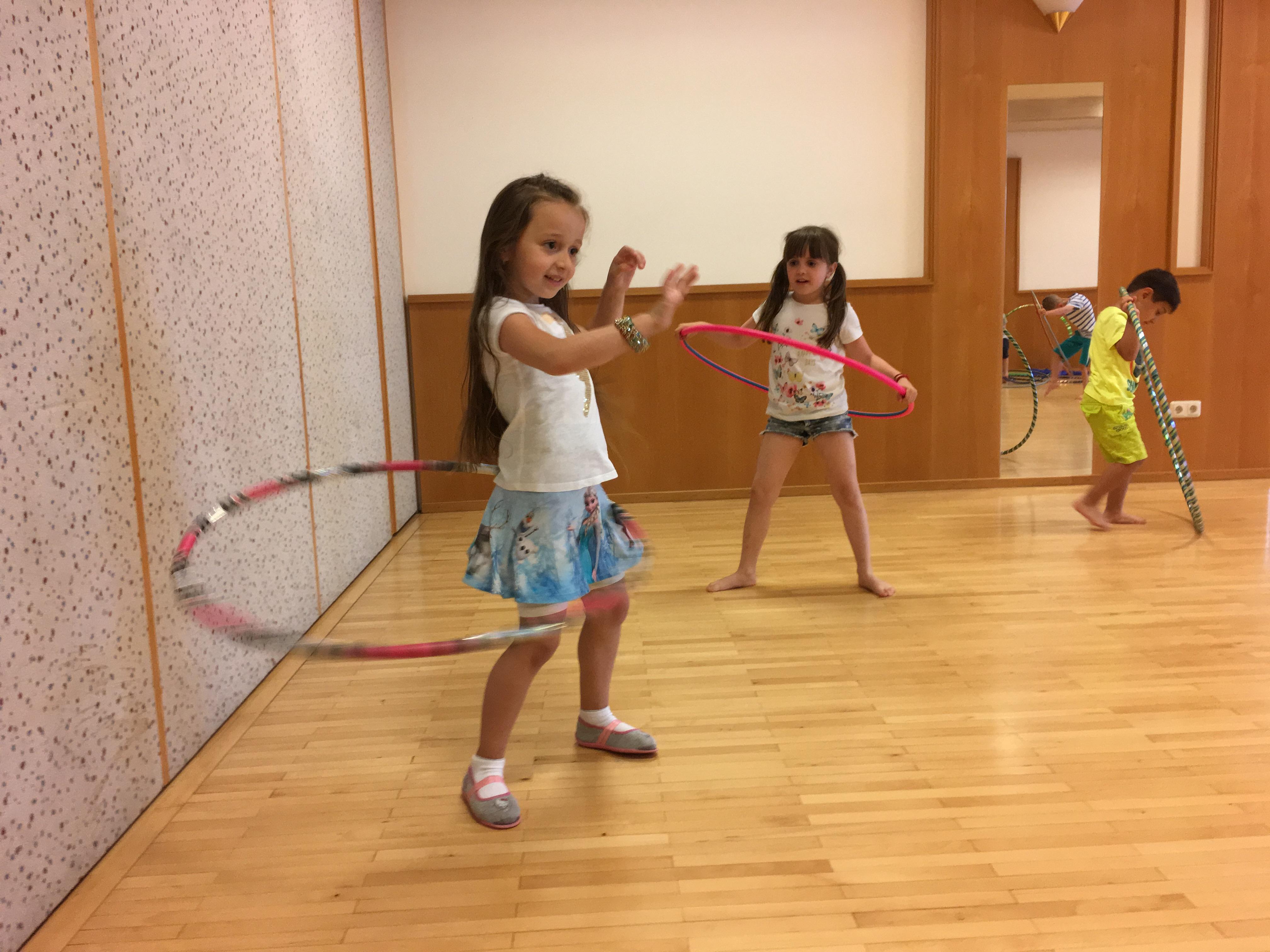 Zirkusworkshop mit Momo (4).JPG